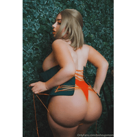 20200403-29196984-Manuela_from_Fire_Emblem_3_Houses._Would_you_ha-TeYRoGlg.jpg