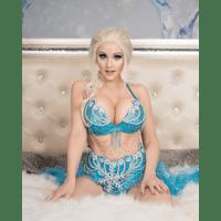 Angie-Griffin-Elsa-Lingerie-3-K8zHXJd5.jpg