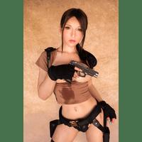 LaraCroft-66-yJQc1PgQ.jpg