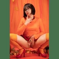 Virtual-Geisha-Velma-Dinkley-72-bSV3uEkb.jpg