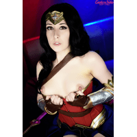 Wonder Woman (1)-YoF8NMc3.jpg