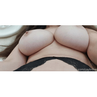 caylinlive-14-04-2020-31796949-I_love_garterbelts_and_I_will_use_them_more_often-KFnAHXSO.jpg