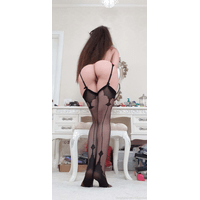 caylinlive-19-04-2020-33123918-These_stockings_are_my_favorite_ever-WduN27WP.jpg