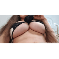 caylinlive-22-04-2020-33845776-Tiny_outfit_or_yoo_big_boobs-sj13IcZE.jpg