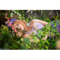 full_violetsbloom_001_D698FF3BA4-nDmWse6f.jpg