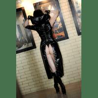 giu-hellsing-black-cape-11-Li48n4k4.jpg