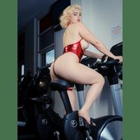 stefania-ferrario-gym-14-gnWRsAkP.jpg