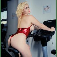 stefania-ferrario-gym-18-9HtAkMBL.jpg
