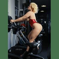 stefania-ferrario-gym-23-7d48IS4D.jpg