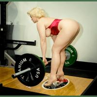 stefania-ferrario-gym-29-FepDFHoB.jpg