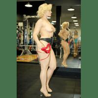 stefania-ferrario-gym-38-YYleAt0K.jpg