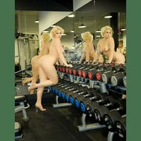 stefania-ferrario-gym-39-7fVXl42D.jpg