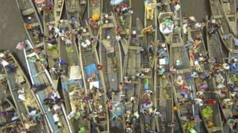 Vendedores en Iquitos, Perú.