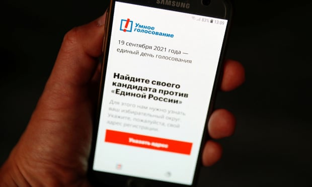 Apple and Google accused of 'political censorship' over Alexei Navalny app
