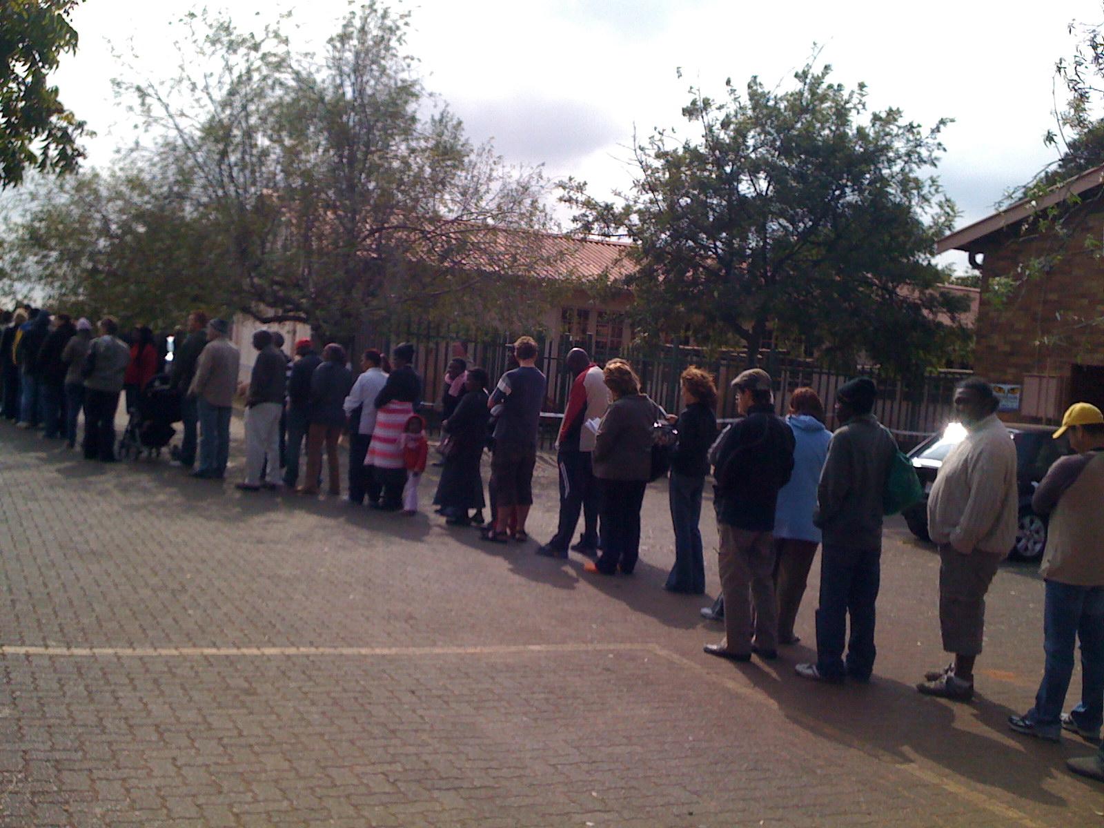 the voting line at westdene rec centre