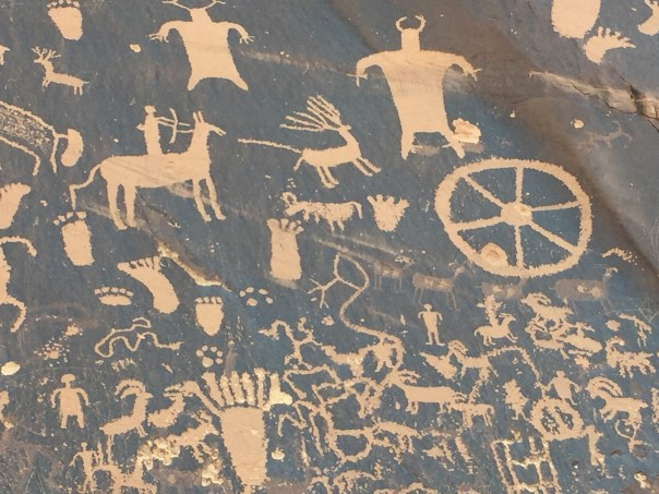 This is a really cool set of petroglyphs. It would be interesting to understand the story..