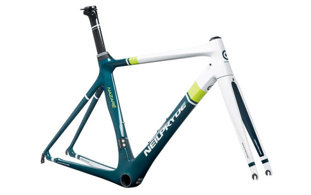 P5-nazare_green_yellow_frameset_front45