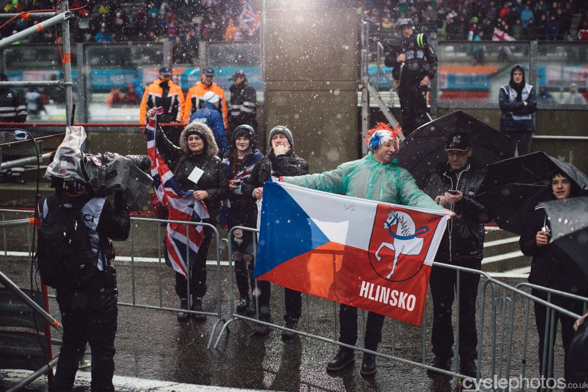 2016-cyclephotos-cyclocross-world-championships-zolder-135441-supporters