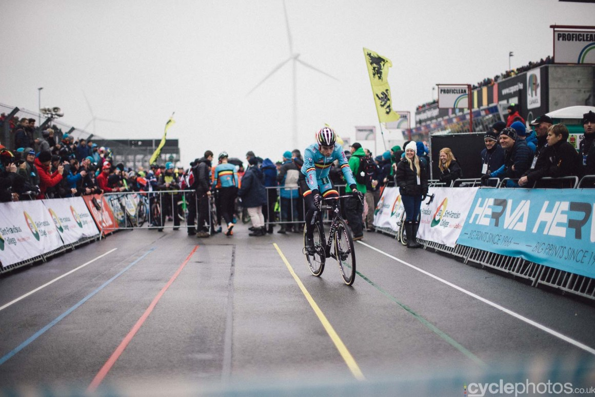 2016-cyclephotos-cyclocross-world-championships-zolder-145020-wout-van-aert