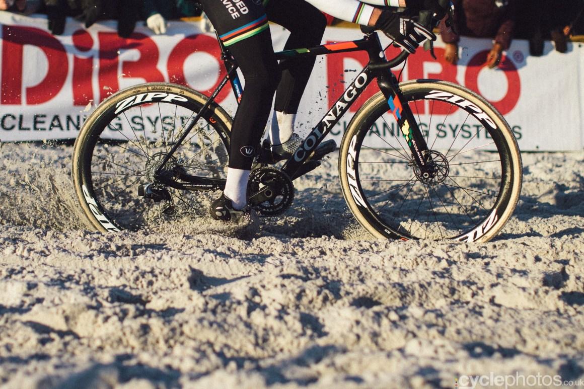 2016-cyclocross-zilvermeercross-mol-153846-wout-van-aert