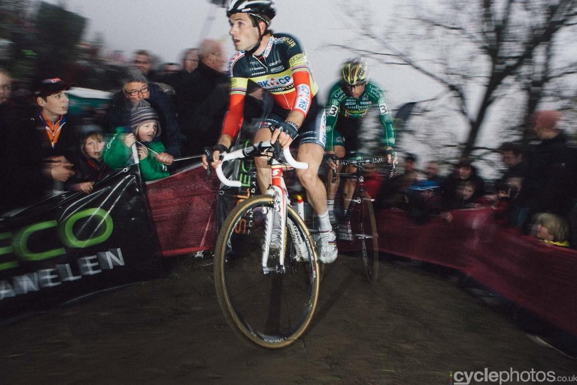 2011-cyclephotos-cyclocross-hamme-154410-niels-albert