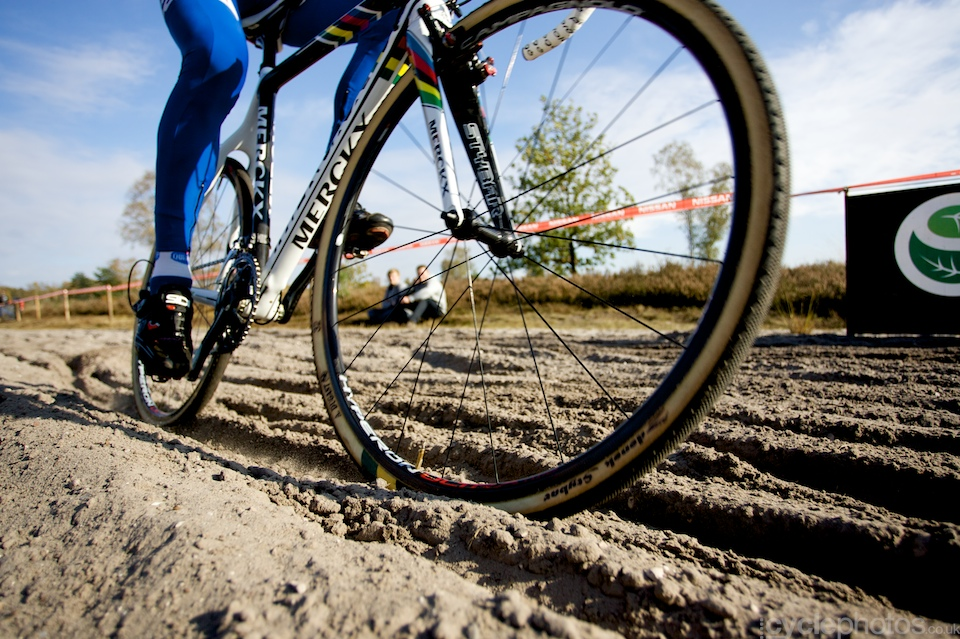 First up - a photo of Zdenek Stybar. I took it in Zonhoven back in October. It was a very hard, sandy course and I quite like how this photo came out, with the sand, Stybar and his custom tyres.