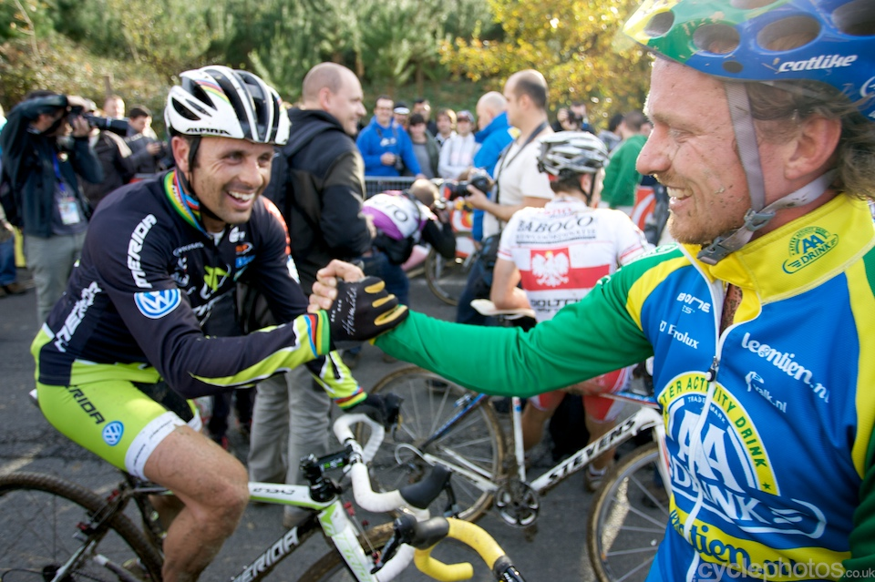 Jose Antonio Hermida Ramos and Thijs Al acknowledge each other efforts during the race.