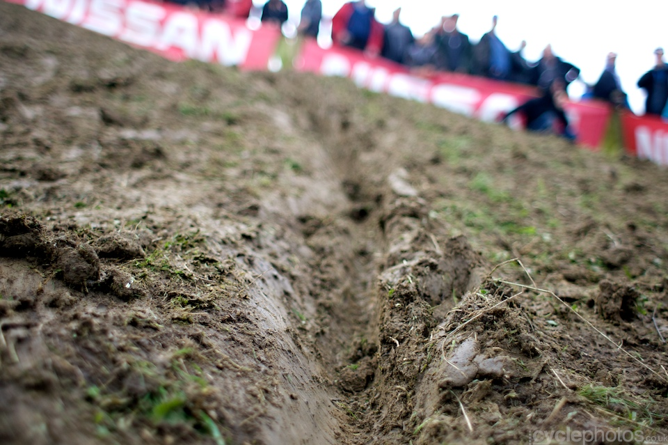 The mud wasn't a problem this week either, however certain parts of the course were positively slippery.