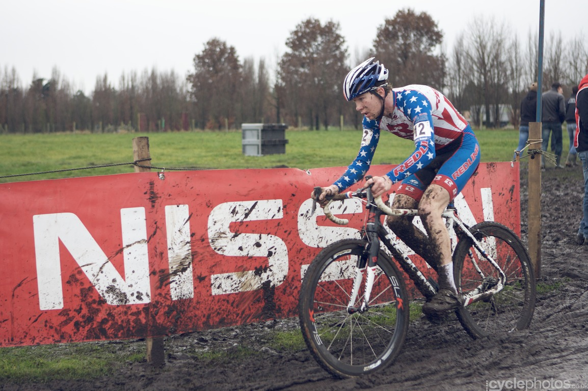 Logan Owens rides in the second lap of the fifth round of the Bpost Bank Trofee Azencross in Loenhout.