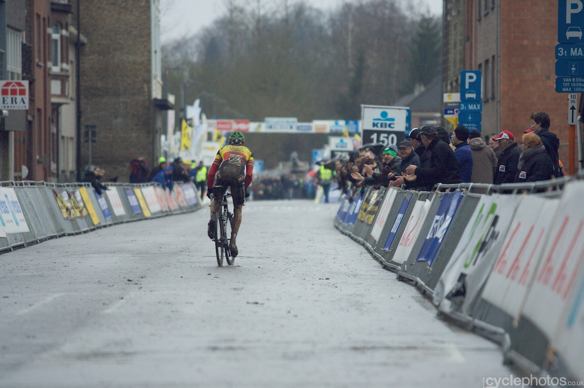 Sven Nys is about to add another win to his palmares
