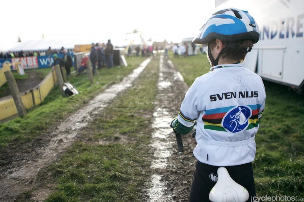 2013-cyclocross-superprestige-ruddervoorde-55-sven-nys-fan