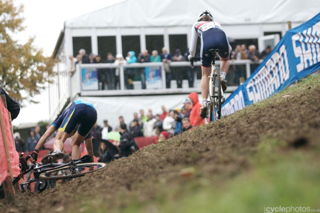 Hannay Payton rides an off camber in the second lap of the women's cyclocross World Cup race at Valkenburg