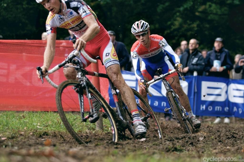 Lars van der Haar chases Kevin Pauwels in the third lap of the elite men's cyclocross World Cup race in Valkenburg.
