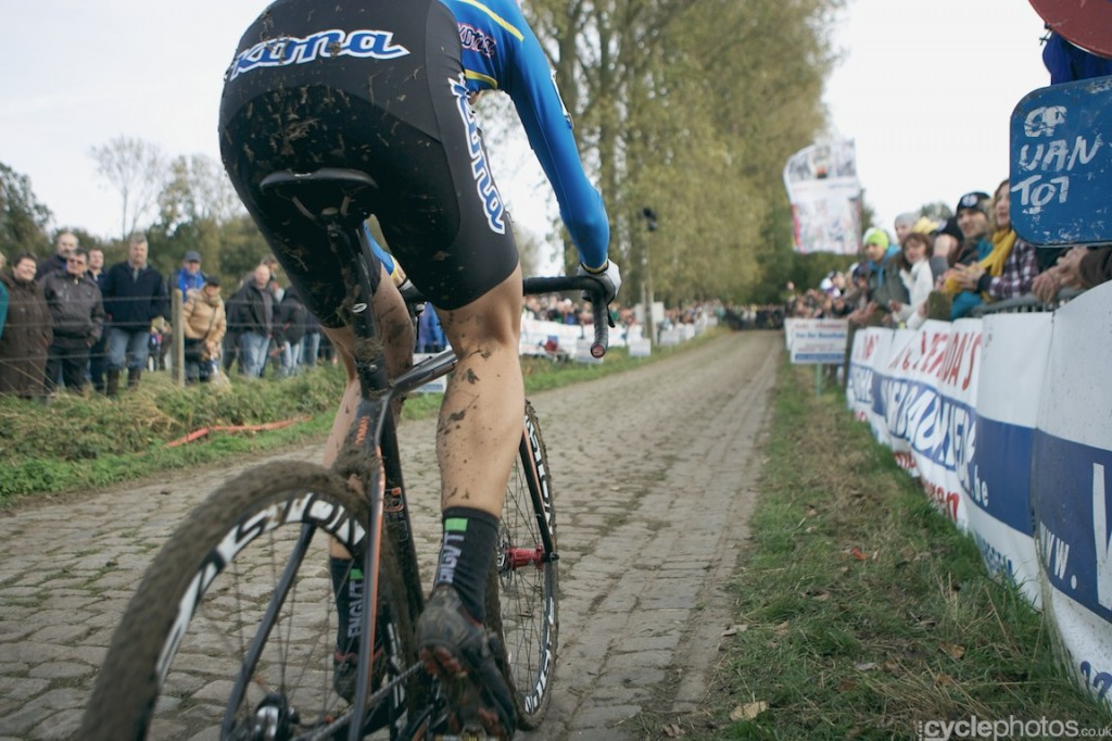 Helen Wyman in the last lap of the women's Bpost Bank Trofee cyclocross race at Koppenberg.a