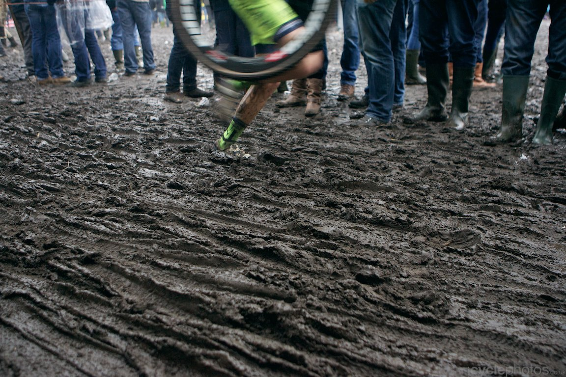 2013-cyclocross-bpostbanktrofee-loenhout-77-more-mud