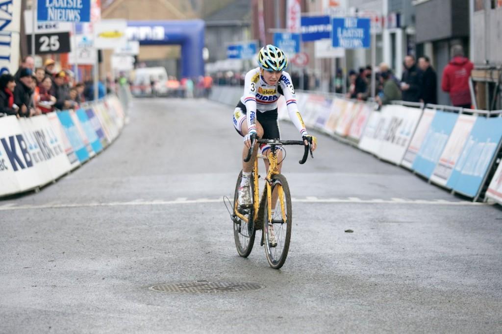 2013-cyclocross-overijse-16-nikki-harris