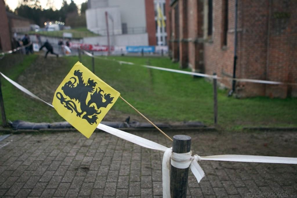 2013-cyclocross-overijse-35-flemish-flag