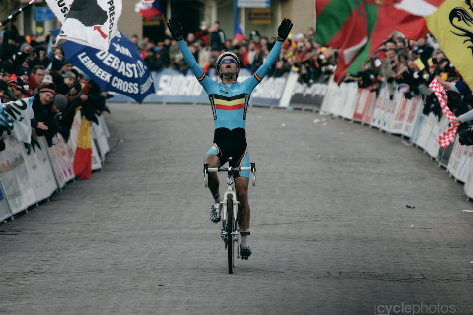Albert and his first World Champion title among the elite men.