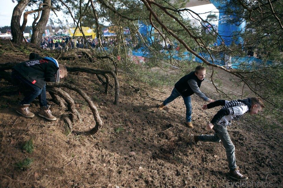2014-cyclocross-bpostbanktrofee-sluitingsprijs-056-kids