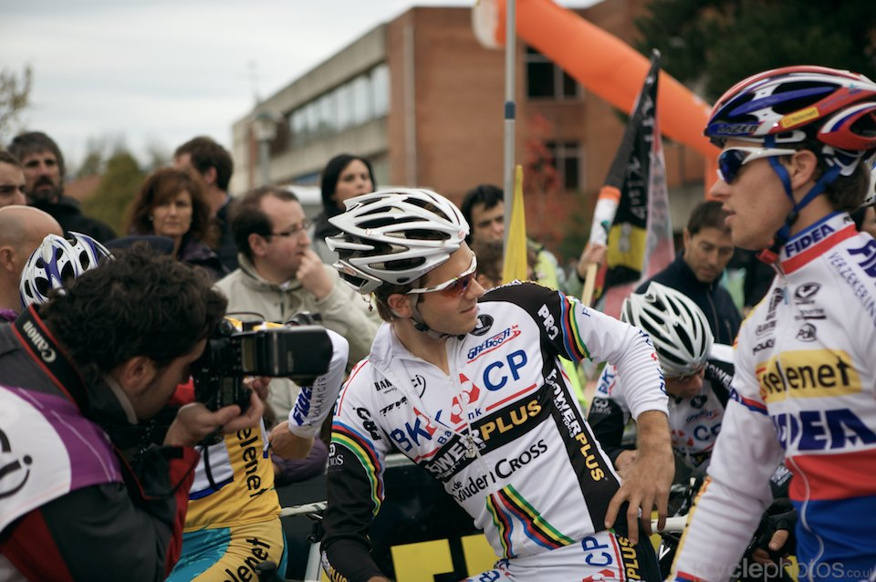 2009-niels-albert-1201