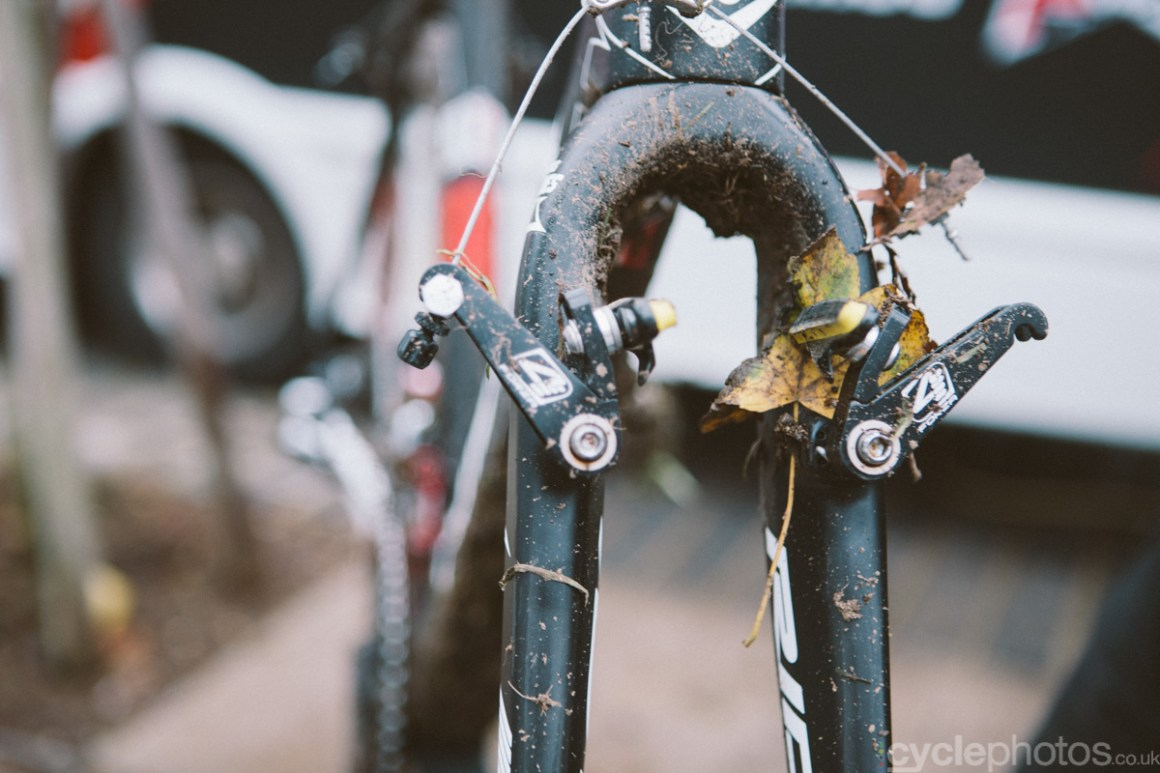 2014-cyclocross-overijse-leaves-140905