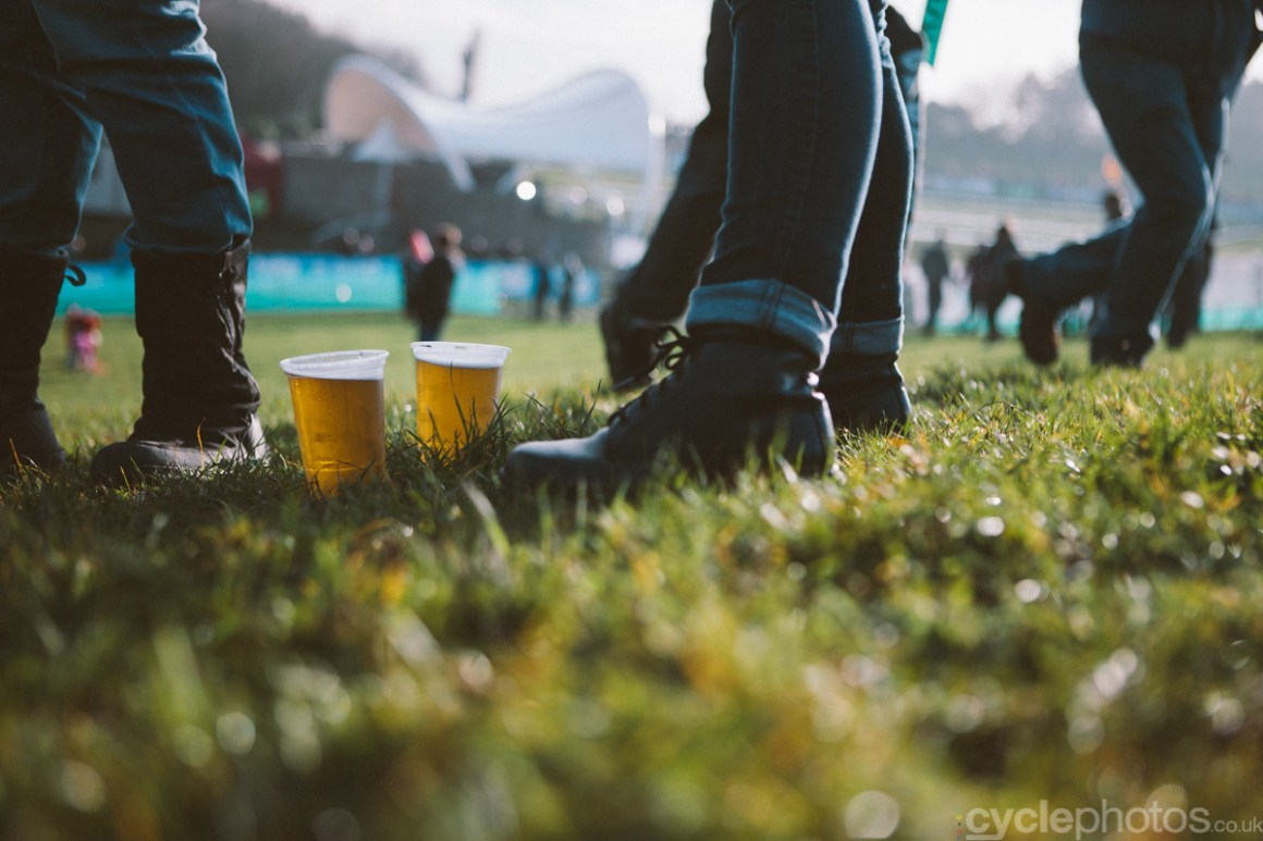 2014-cyclocross-world-cup-milton-keynes-beer-144909