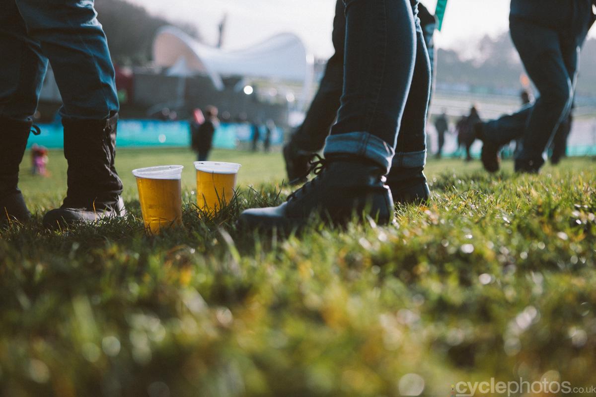 2014-cyclocross-world-cup-milton-keynes-beer-144909