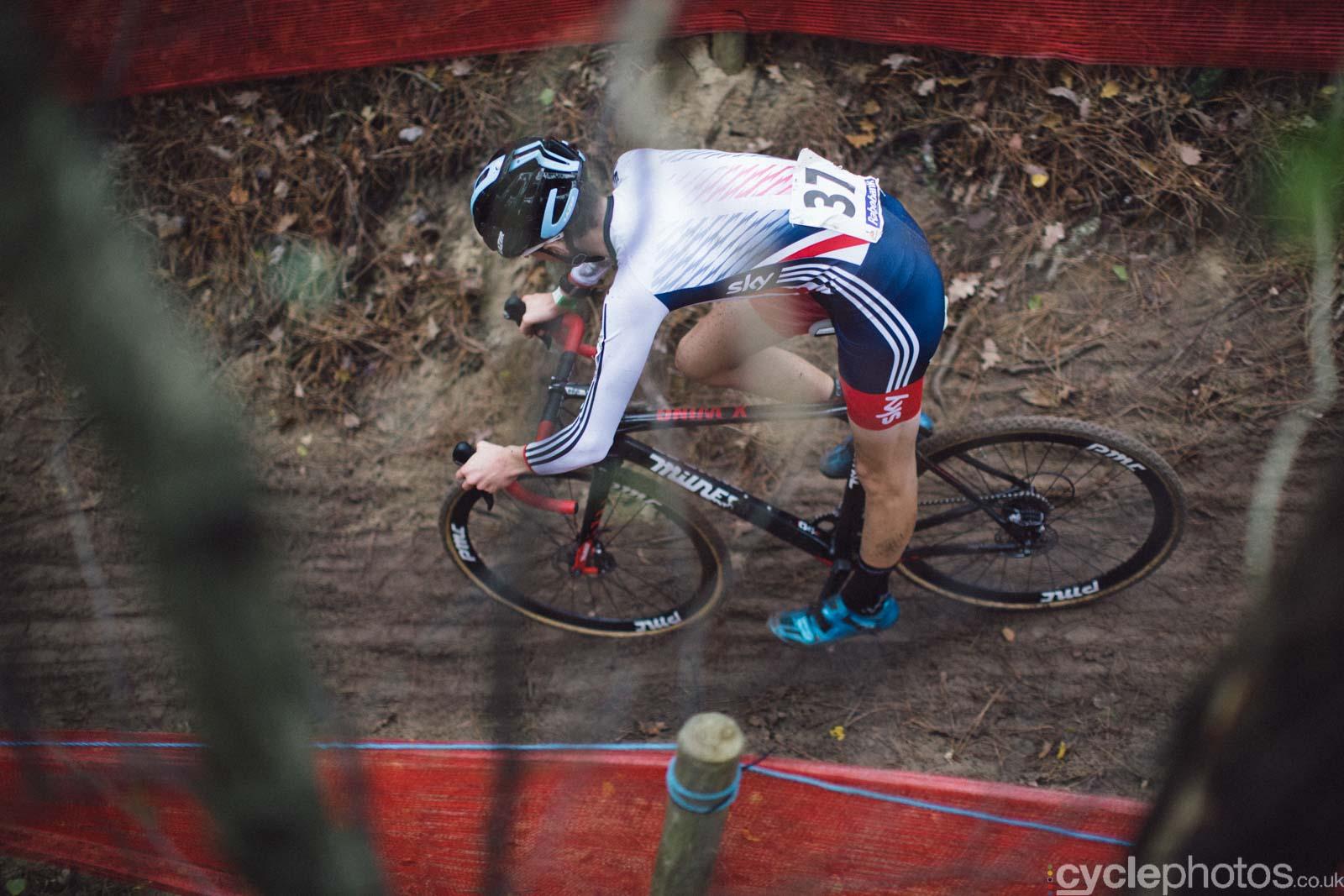 2015-cyclephotos-cyclocross-eucx-huijbergen-103506-ben-turner