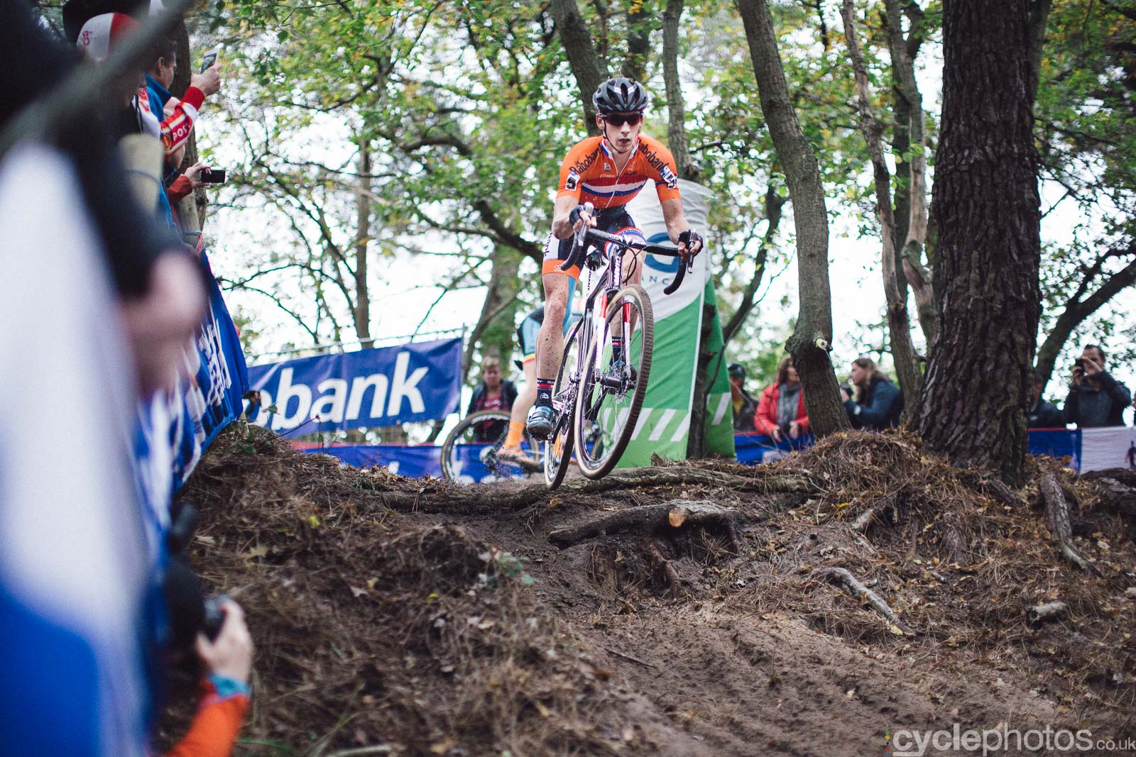 2015-cyclephotos-cyclocross-eucx-huijbergen-151625-lars-van-der-haar