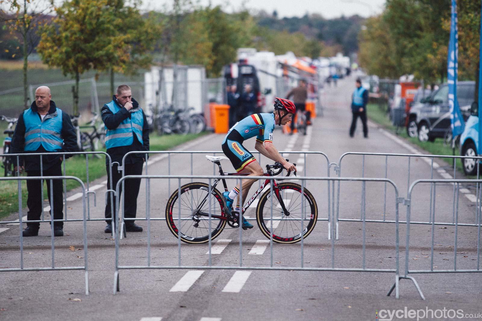 2015-cyclephotos-cyclocross-eucx-huijbergen-153245-kevin-pauwels