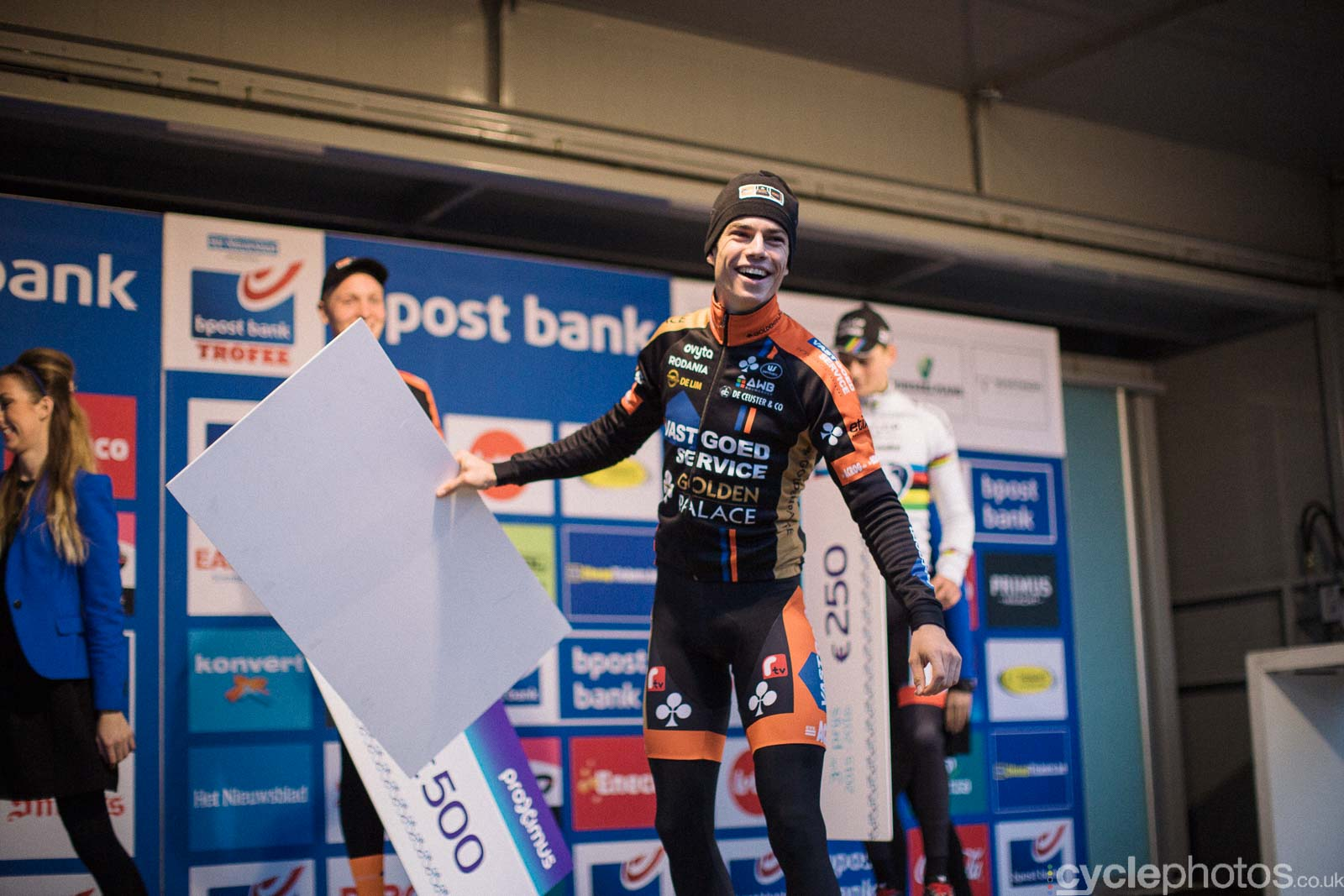 2015-cyclephotos-cyclocross-azencross-161819-wout-van-aert