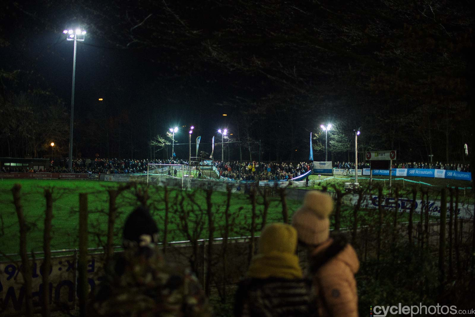 2015-cyclephotos-cyclocross-diegem-174033-spectators