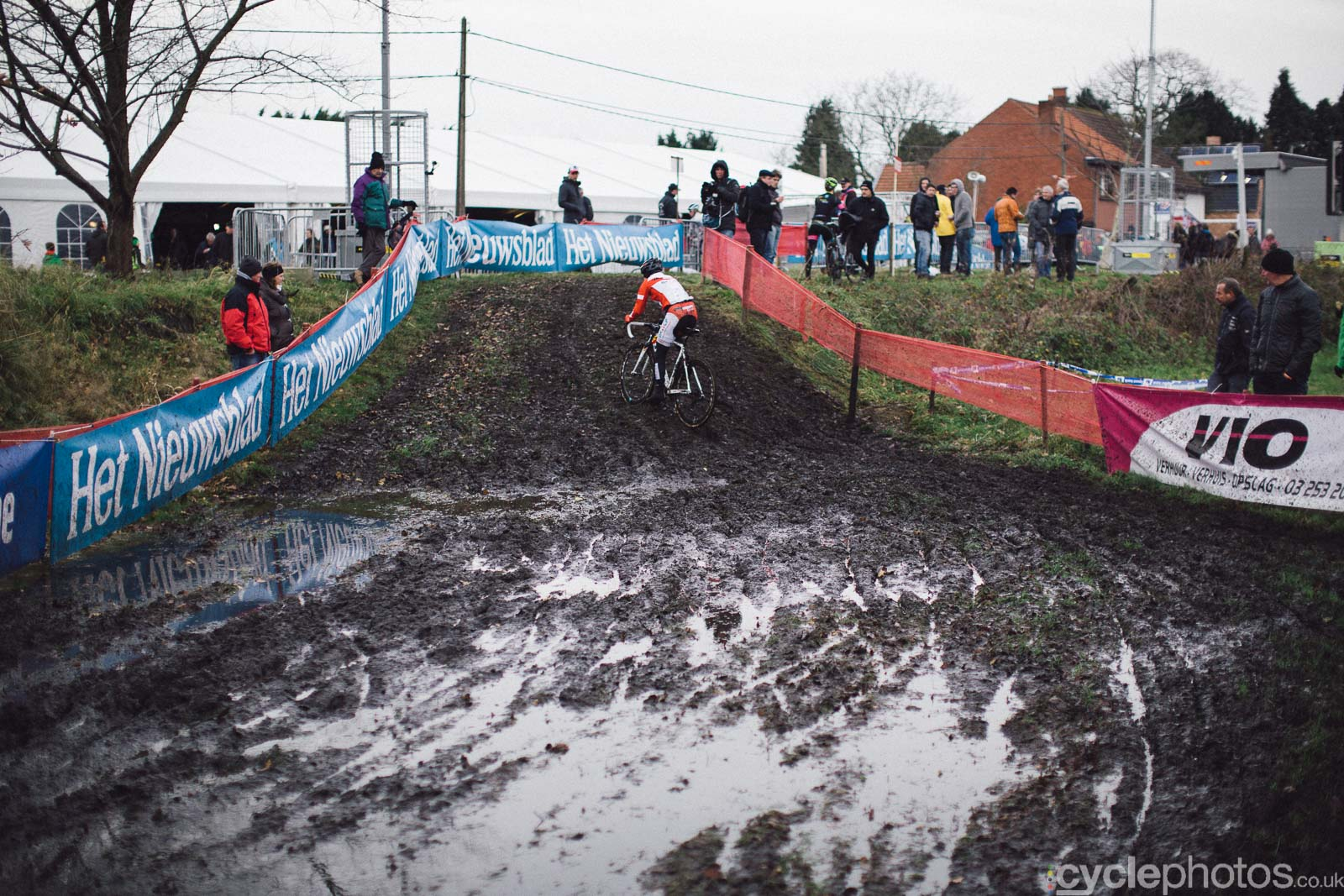 2015-cyclephotos-cyclocross-essen-113144-sanne-cant