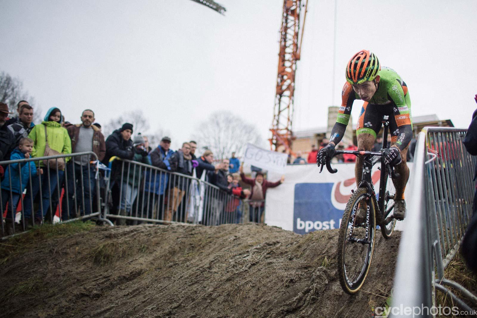 2016-cyclephotos-cyclocross-gpsvennys-153210-wout-van-aert